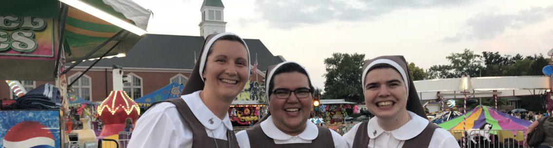 Festival Slider Sisters
